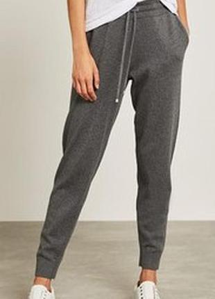 Крутые трикотажные меланжевые спортивные штаны с кашемиром высокая посадка mint velvet.