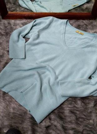Пуловер джемпер кофточка с v-образным вырезом tu