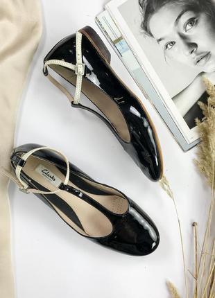 Мегастильные туфли из натуральной кожи  sh1940039  clarks