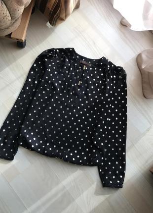 Красивая кофта блуза в горошек