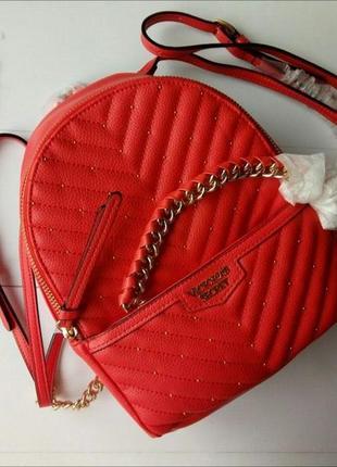 Красный рюкзак от victorias secret виктория сикрет