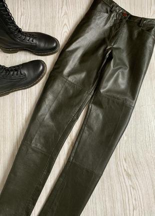 Кожаные штаны италия