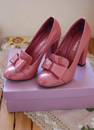 Брендовые женские туфли