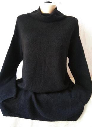 Удлиненный черный свитер-туника большого размера
