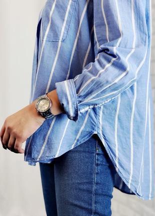 Рубашка голубая в полоску на пуговицах с длинным рукавом свободная