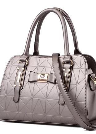 Женская кожаная классическая сумка сумочка