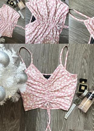 Рожевий з білим топ