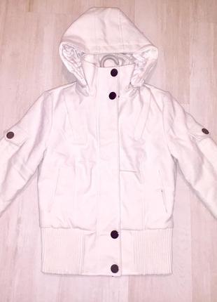 Кашемировая курточка с капюшоном