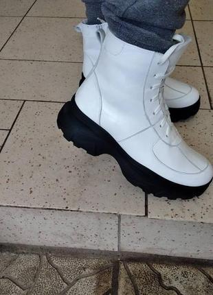 Кожаные высокие кроссовки ботинки берцы зимние и демисезонные