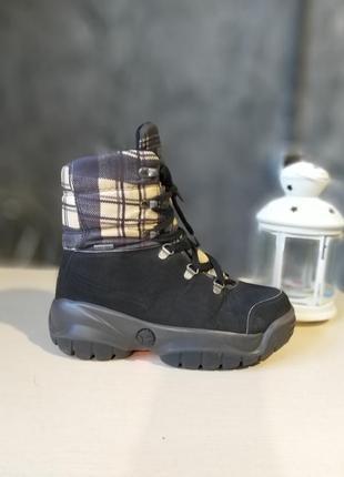 Оригінальні черевики