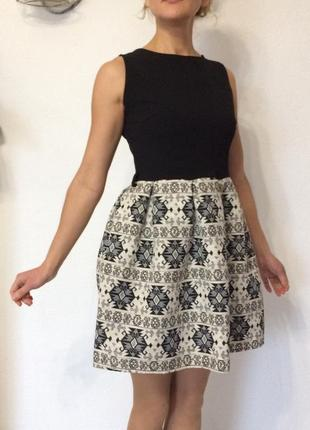 Красивое платье италия с м