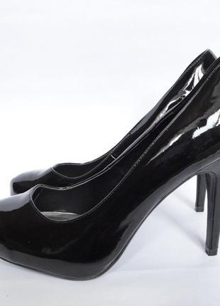 Туфли бренд feel   р.40
