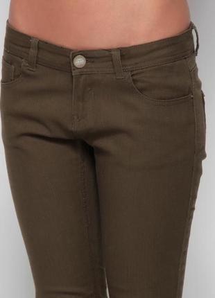 Зеленые брюки pink woman