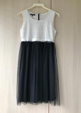 Нарядное кокетливое платье с фатиновой юбкой oodji / xs-s
