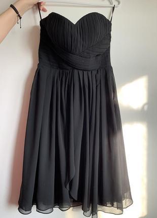 Коктейльное шифоновое платье с корсетом.