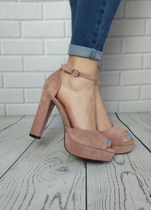 Женские босоножки на ввсоком каблуке нюдовые пудровые розовые