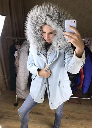 Джинсовая куртка  с густым мехом