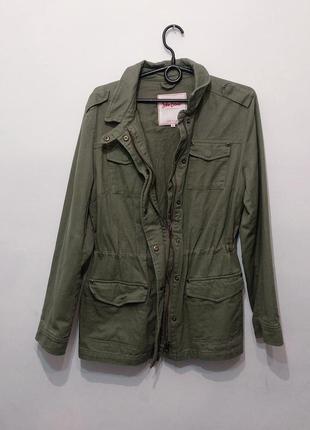 Джинсовая куртка хаки 42/50 нюанс молния