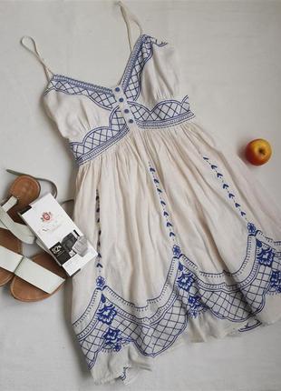 Платье вышиванка new look