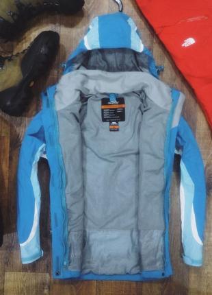 Зимняя куртка trespass. куртка на мембране. демисезонная курточка. зимова куртка