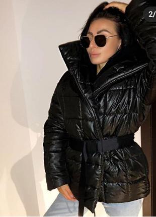 Зимняя куртка с поясом