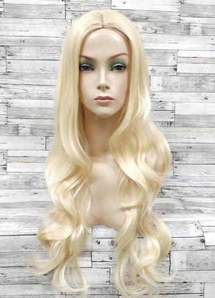 Парик волнистый блонд с пробором 70см 5782
