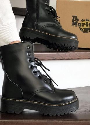 Ботинки женские зимние на платформе dr. martens jadon