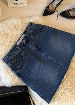 Джинсовая крутая юбка с потертостями и необработанным низом на р. с/м ...❤️👑💋