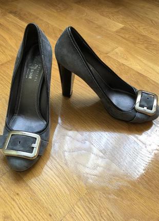 Нереальні туфлі !!!!!!