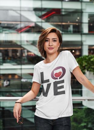 Крутая футболка с прикльным принтом - love