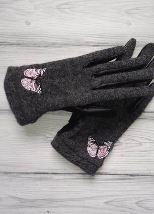Шерстяные фирменные перчатки на флисе