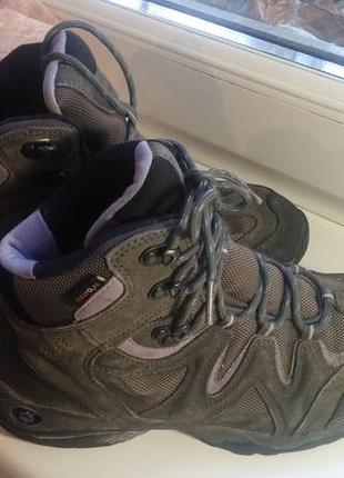 Женские ботинки трекинговые демисезонные jack wolfskin (38 размер)