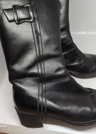 Кожаные ботинки на меху 38 размер