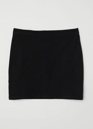 Черная юбка из джерси