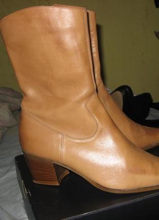 Сапоги ботинки италия оригинал как новые без дефектов размер 39
