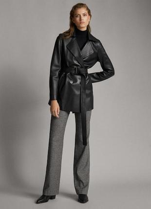 Черная кожаная куртка с поясом и карманами real leather quality garments кожа