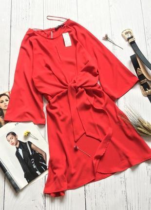 Новое красное платье с узлом selects