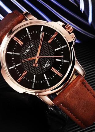 Мужские наручные стильные популярные недорогие часы годинник