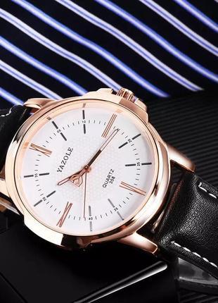 Мужские наручные стильные недорогие популярные модные часы