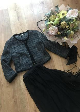 Шикарный тёплый пиджак h&m, размер с/м