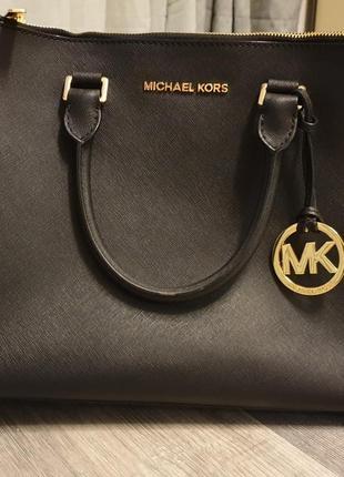Прекрасная сумка michael kors, original. номер есть, есть пыльник