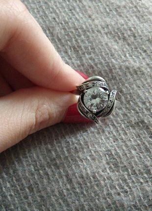 Серебрянное кольцо большого размера