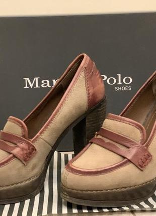 Туфли на устойчивом каблуке