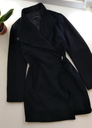 Zara шикарное шерстяное пальто