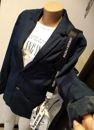 Стильный брэндовый пиджак жакет темно синий из тонкого хлопка