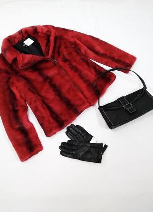 Красный женский полушубок yes uno