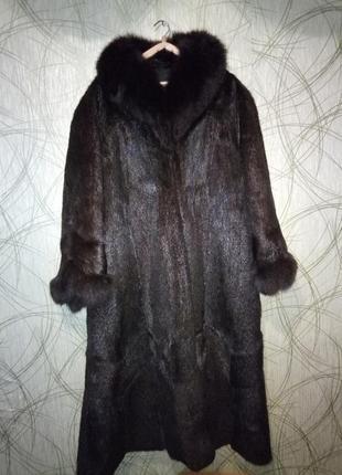 Зимнее меховое пальто шуба нутрия воротник и рукава песец батал!