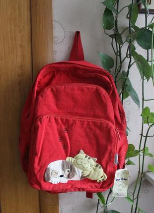 Красный рюкзак с собачкой и котиком