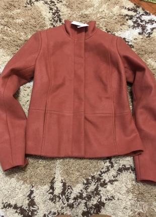 Красивое шерстяное пальто vila clothers