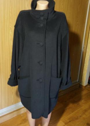 Шикарное,новое,теплое пальто